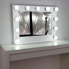 Make-up mirror with lighting in white, with 11 lamps.