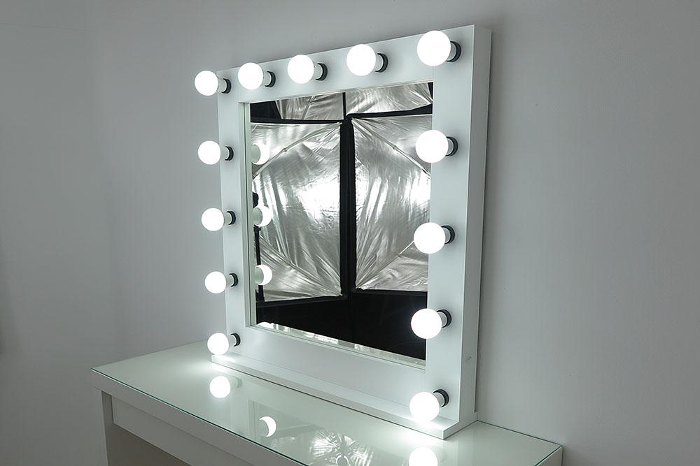Espejo de Pared iluminaci/ón led Muy Potente Tiene Unas Medidas de 60x80cm Modelo Berlin ba/ño